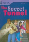 The Secret Tunnel - Rob Waring, Maurice Jamall