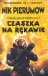 Czaszka na rękawie - Nik Perumov