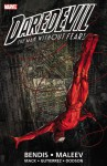 Daredevil by Brian Michael Bendis & Alex Maleev Ultimate Collection Book 1 - Alex Maleev, Brian Michael Bendis