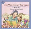 The Wednesday Surprise - Eve Bunting, Donald Carrick