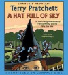 A Hat Full of Sky (Discworld, #32) - Terry Pratchett, Stephen Briggs
