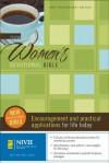 New Women's Devotional Bible: New International Version - Zondervan Publishing