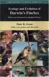 Ecology and Evolution of Darwin's Finches: With a New Preface and Afterward - Peter R. Grant, Jonathan Weiner