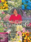 Gardening Made Easy: A Step-By-Step Guide To Planning, Preparing, Planting, Maintaining and Enjoying Your Garden - Jane Fearnley-Whittingstall