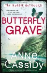 Butterfly Grave (Murder Notebooks) - Anne Cassidy