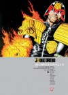 Judge Dredd: The Complete Case Files 19 - John Wagner, Grant Morrison, Garth Ennis, Mark Millar, John Smith, Dermot Power, Paul Marshall, David Millgate, Carlos Ezquerra, Greg Staples, Brett Ewins, Ron Smith, Mick Austin