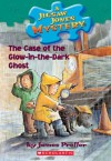 The Case of the Glow-in-the-Dark Ghost - James Preller, Jamie Smith, R.W. Alley