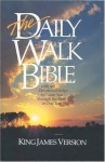 The Daily Walk Bible KJV - Walk Thru the Bible (Educational Ministry), Bruce Wilkinson, Peter M. Wallace, John Hoover