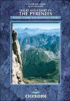 Walks And Climbs In The Pyrenees (Cicerone Guide) - Kev Reynolds
