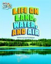 Life on Land, Water, and Air/Show-Off Frog, Animals - Various, Steck-Vaughn Company