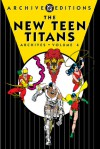 The New Teen Titans Archives, Vol. 4 - Marv Wolfman, George Pérez, Romeo Tanghal