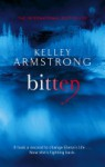 Bitten (Women of the Otherworld #1) - Kelley Armstrong