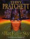 A Hat Full of Sky (Discworld, #32) - Terry Pratchett, Tony Robinson
