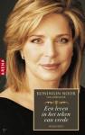 Koningin Noor van Jordanie: een leven in het teken van vrede - Queen Noor Al-Hussein, Carla Benink