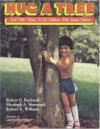 Hug a Tree: And Other Things to Do Outdoors with Young Children - Robert Rockwell, Elizabeth A. Sherwood, Robert A. Williams