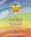 Chakra Wisdom Oracle Toolkit: A 52-Week Journey of Self-Discovery with the Lost Fables - Tori Hartman