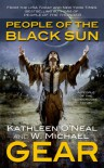 People of the Black Sun: A People of the Longhouse Novel - W. Michael Gear;Kathleen O'Neal Gear