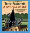 A Hat Full of Sky (Discworld, #32) - Terry Pratchett, Stephen Briggs