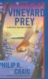 Vineyard Prey: A Martha's Vineyard Mystery (Martha's Vineyard Mysteries) - Philip R. Craig