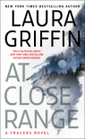At Close Range (Tracers) - Laura Griffin