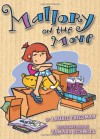 Mallory On The Move - Laurie B. Friedman