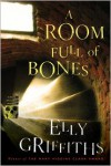 A Room Full of Bones (Ruth Galloway Series #4) - Elly Griffiths