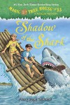 Magic Tree House #53: Shadow of the Shark (A Stepping Stone Book(TM)) - Mary Pope Osborne, Sal Murdocca