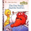 The Day Snuffy Had the Sniffles (Little Golden Book) - Linda Lee Maifair, Tom Brannon
