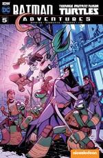 Batman/Teenage Mutant Ninja Turtles Adventures #5 - Matthew Manning, Jon Sommariva