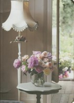 Pretty Pastel Flowers Mini Flexi Notebook Lamp - Ryland Peters & Small