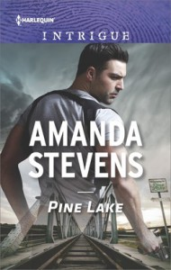 Pine Lake (Harlequin Intrigue) - Amanda Stevens