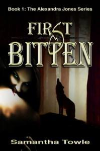 First Bitten (The Alexandra Jones series) - Samantha Towle