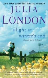 A Light at Winter's End - Julia London