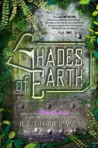 Shades of Earth (Across the Universe, #3) - Beth Revis