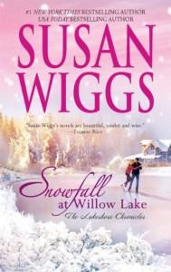 Snowfall At Willow Lake  - Susan Wiggs
