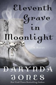 Eleventh Grave in Moonlight (Charley Davidson Series) - Darynda Jones