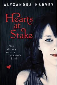 Hearts at Stake (Drake Chronicles, Book 1) - Alyxandra Harvey