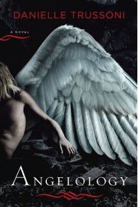 Angelology - Danielle Trussoni