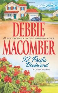 92 Pacific Boulevard (Cedar Cove #9) - Debbie Macomber