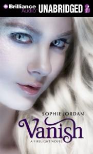 Vanish (Firelight Trilogy) - Sophie Jordan