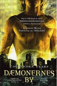 Dæmonernes by (Dødens instrumenter #1) - Cassandra Clare