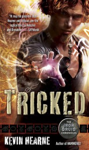 Tricked (Iron Druid Chronicles, #4) - Kevin Hearne