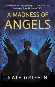 A Madness of Angels (Matthew Swift #1) - Kate Griffin