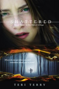 Shattered - Teri Terry