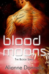 Blood Moons (The Blood Series, #1) - Alianne Donnelly