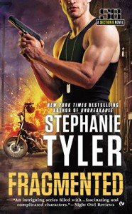 Fragmented: A Section 8 Novel (A Section Eight Novel) - Stephanie Tyler