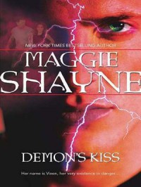 Demon's Kiss - Maggie Shayne