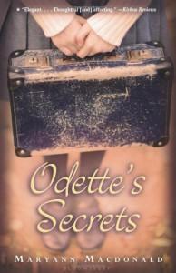 Odette's Secrets - Maryann Macdonald