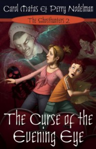 Ghosthunters 2: The Curse of the Evening Eye - Perry Nodelman;Carol Matas
