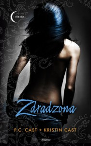 Zdradzona - Cast P.C.,  Cast Kristin
